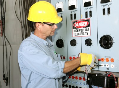 Echo Electrical Services, Inc. industrial electrician in Westworth Village TX.